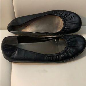 Me Too black ballet flats. Size 6